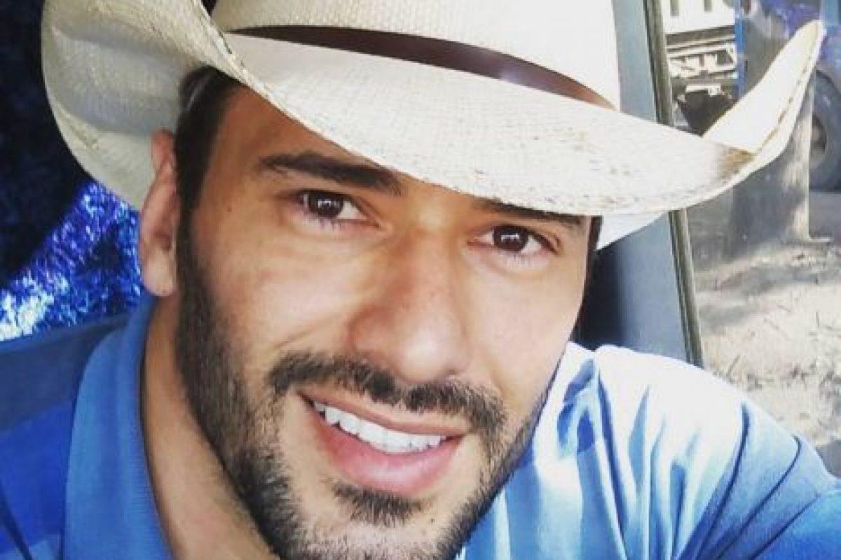 Es un actor de 28 años que trabaja en una azucarera en Capivari, Sao Paulo Foto:Vía Instagram/@ewertonmartin. Imagen Por: