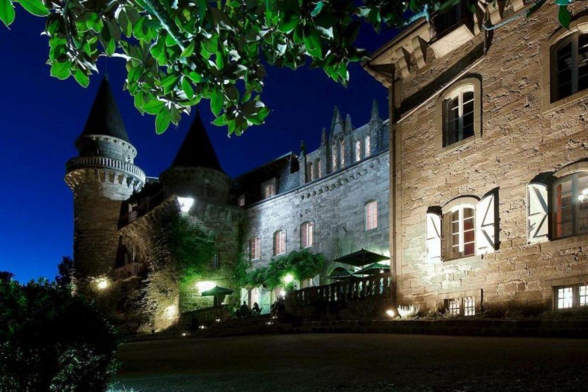 La noche en la suite más cara se cotiza hasta en 617 dólares Foto:Facebook.com/pages/Château-de-Castel-Novel. Imagen Por: