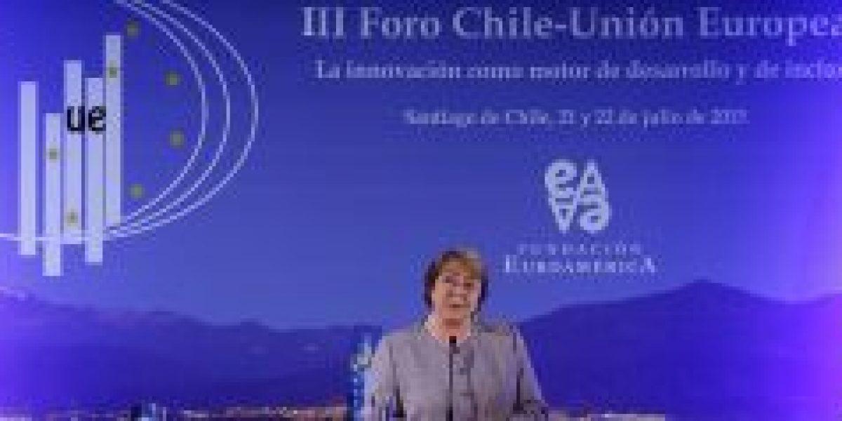 Bachelet apuesta por profundizar la innovación en relación de Chile y la UE