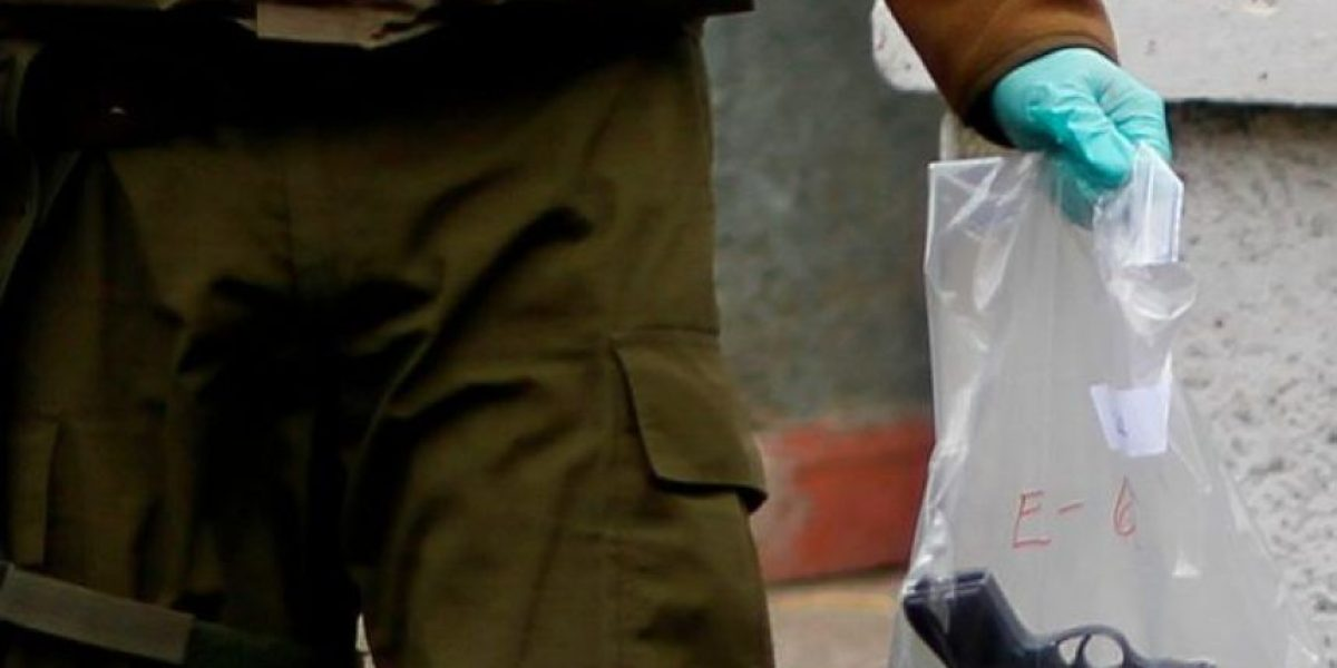 Subteniente de Carabineros en riesgo vital tras ser baleado