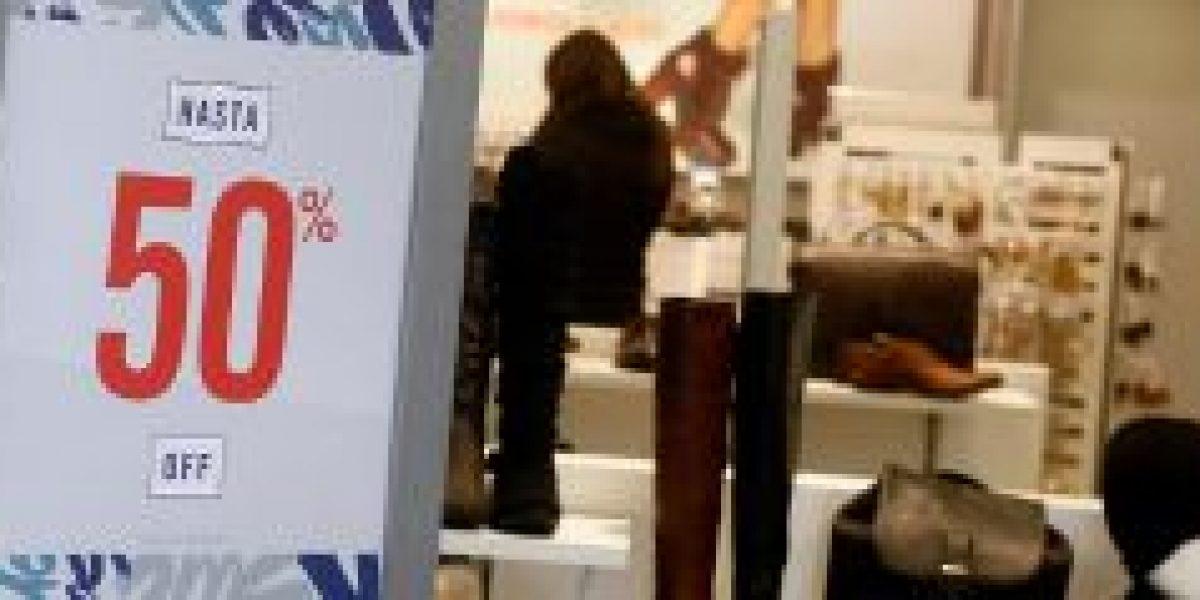 CNC: ventas del comercio en la RM apenas crecen un 1% en el primer semestre