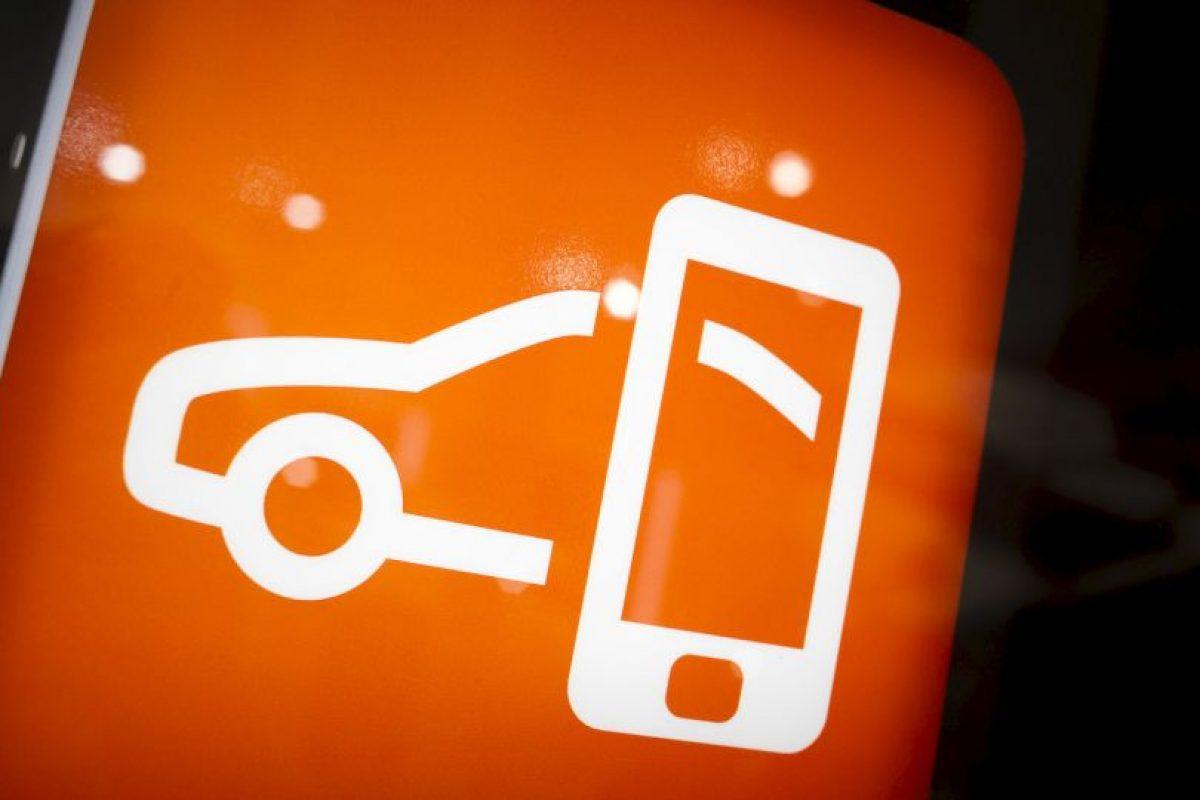 Hoy en día casi todos los vehículos ofrecen una experiencia multimedia, desde la conexión al GPS y MP3 incorporado Foto:Getty Images. Imagen Por: