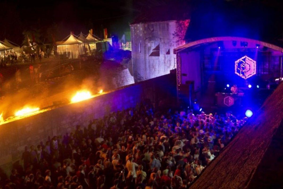 Anfiteatro romano en Croacia de noche Foto:Wikimedia. Imagen Por: