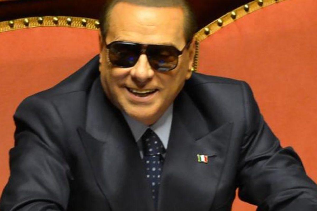 Y Berlusconi. Foto:vía AFP. Imagen Por:
