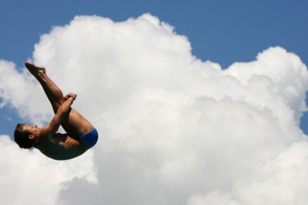 Exigen, como la gimnasia, altos grados de precisión, sólo se consiguen con una férrea disciplina, muchas horas de entrenamiento y el arrojo necesario para lanzarse a un vacío de 10 metros. Foto:Getty Images. Imagen Por: