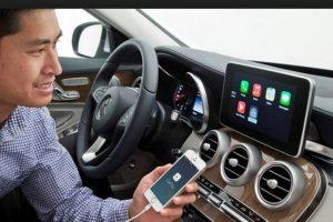 Apple ha sido una de las compañías pioneras en explorar las posibilidades interactivas de los coches inteligentes Foto:Getty Images. Imagen Por: