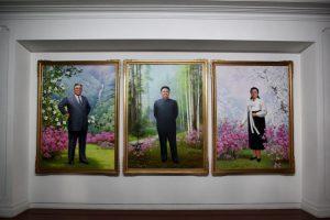 """""""Lo vimos asistir a un concierto en Pyongyang al día siguiente de su supuesta ejecución. Incluso ayer apareció en la televisión"""", dijo un abogado al portal """"UPI"""" Foto:Getty Images. Imagen Por:"""