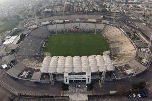 Respuesta correcta: B) Dijo que el Estadio Monumental lo construyó Augusto Pinochet Foto:Agencia Uno. Imagen Por: