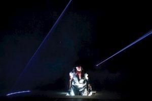 1. Su personaje posee poderes sobrenaturales como teletransportarse y manipulación del fuego y la luz Foto:WWE. Imagen Por:
