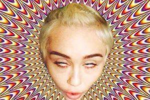 7. La cantante Miley Cyrus Foto:Vía Twitter. Imagen Por:
