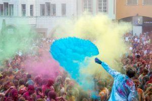 Batalla de color en Francia. Foto:AFP. Imagen Por: