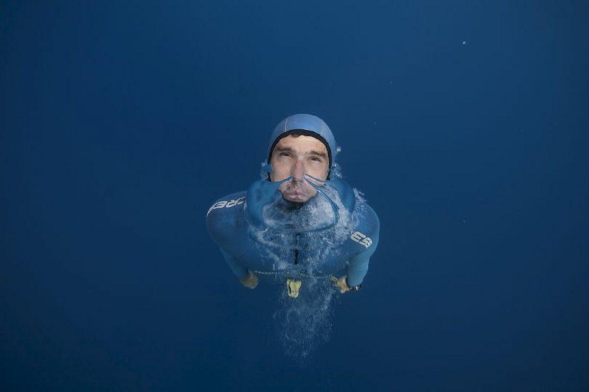 El buzo libre francés Guillaume Nery practica en el Mediterráneo. Foto:AFP. Imagen Por: