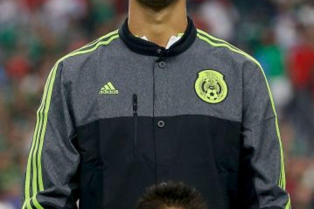 El defensa mexicano llegó a la Real Sociedad en calidad de préstamo. Foto:Getty Images. Imagen Por: