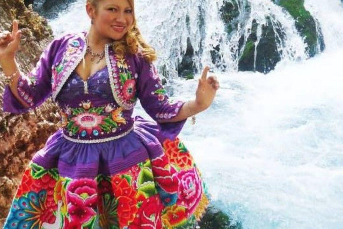 """Edith Mayta, cantante de folclore peruano, sacó su versión de """"El Taxi"""". Foto:vía Facebook/Edith Mayta. Imagen Por:"""