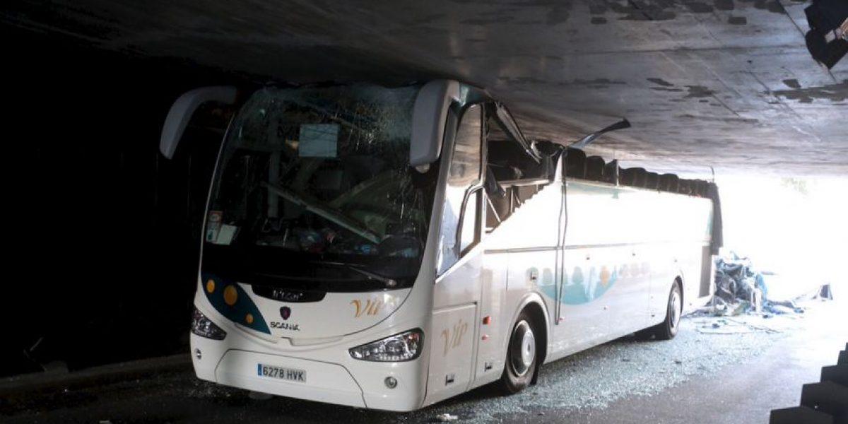 Se accidenta autobús con 53 estudiantes en Francia