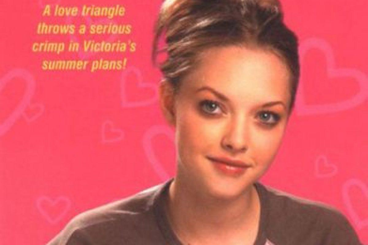 Apareció en novelas para jóvenes. Foto:vía Victoria Martin Trilogy. Imagen Por: