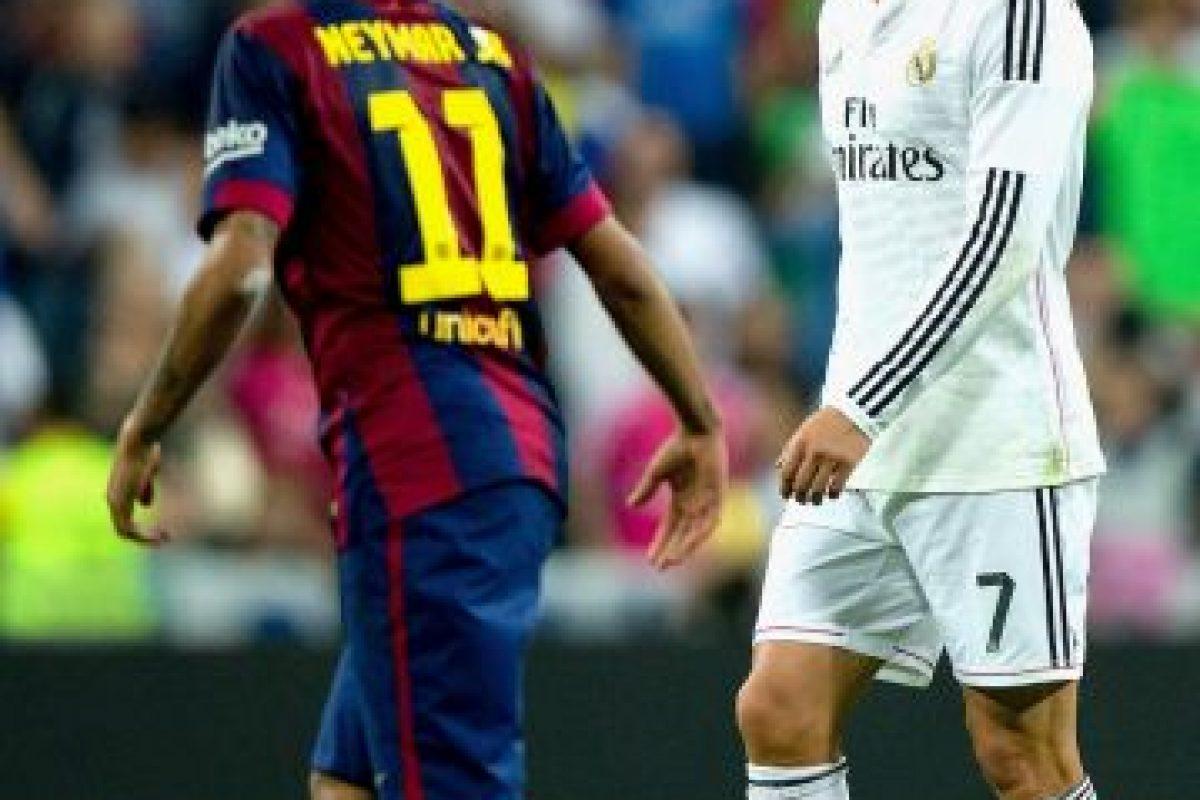 """En España también se enfrenta a Cristiano Ronaldo, otros los miembros del grupo """"elite"""" del fútbol mundial. Foto:Getty Images. Imagen Por:"""
