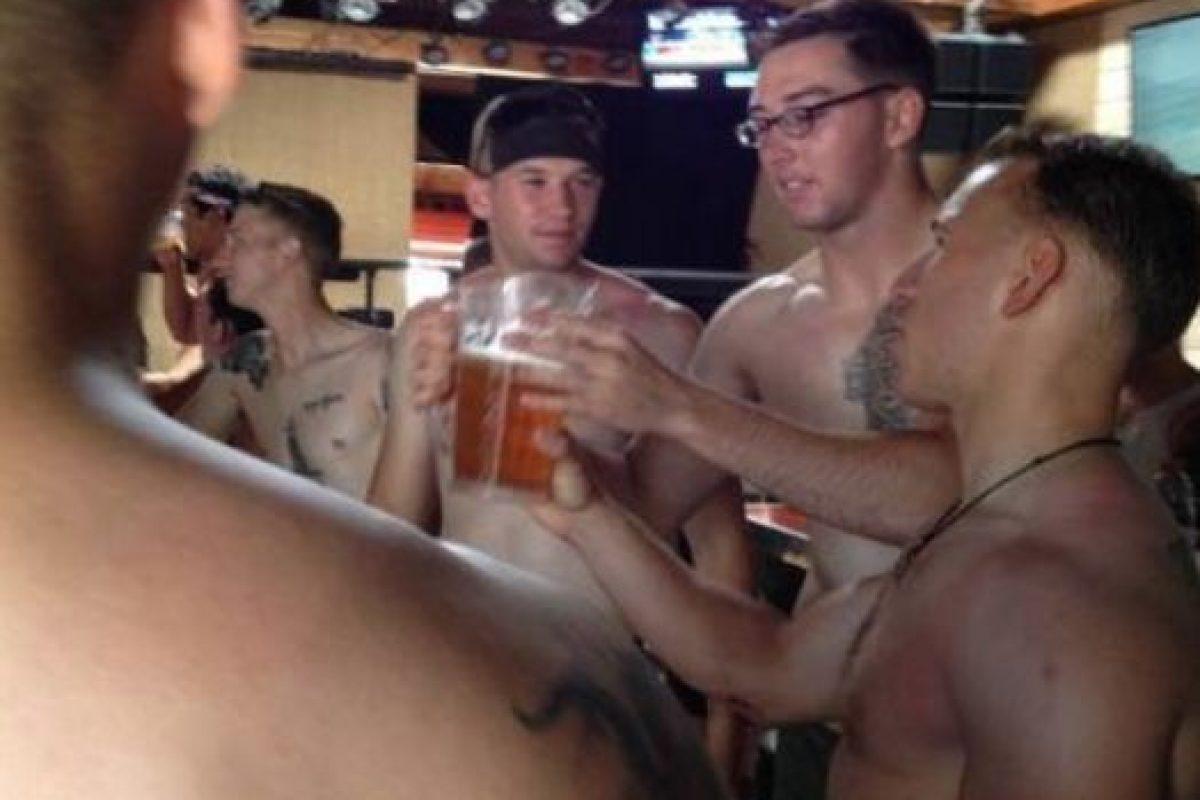 Donny O' Malley fue el capitán veterano que organizó el evento en San Diego. Foto:vía Facebook/ 22 with 22, for the 22 in silkies. Imagen Por: