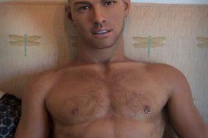 O un sujeto parecido a Jason Statham. Foto:vía Sinthetics.com. Imagen Por: