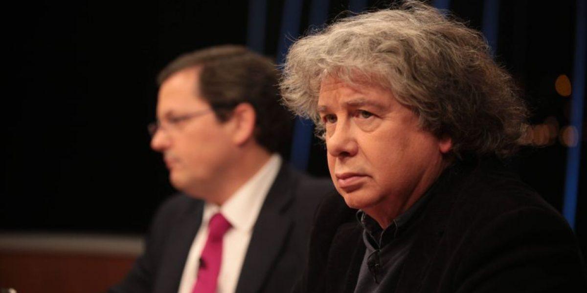 Librería no venderá más textos de Fernando Villegas tras polémica en