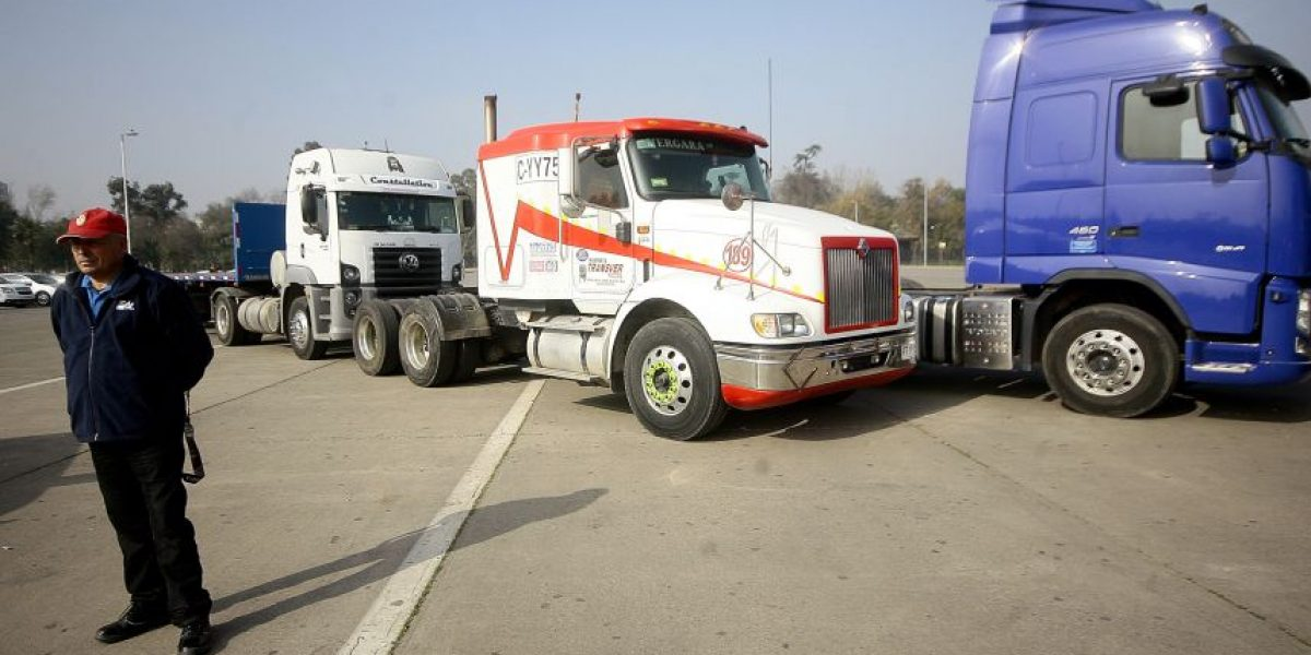 Entregan mapa con información de seguridad a camioneros