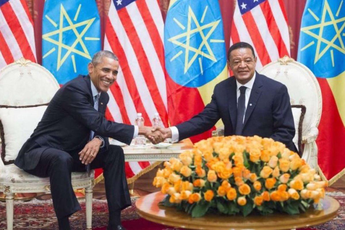 Obama y su homologo etíope, Mulatu Teshome, durante una reunión en Palacio Nacional en Addis Ababa. Foto:AFP. Imagen Por: