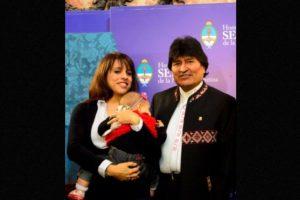 """Durante la visita de Estado del presidente de Bolivia a Argentina, Victoria escribió: """"Ella también escucha a Evo, pero se distrae un poco"""". Foto:Facebook.com/pages/Victoria-Donda-Pérez. Imagen Por:"""