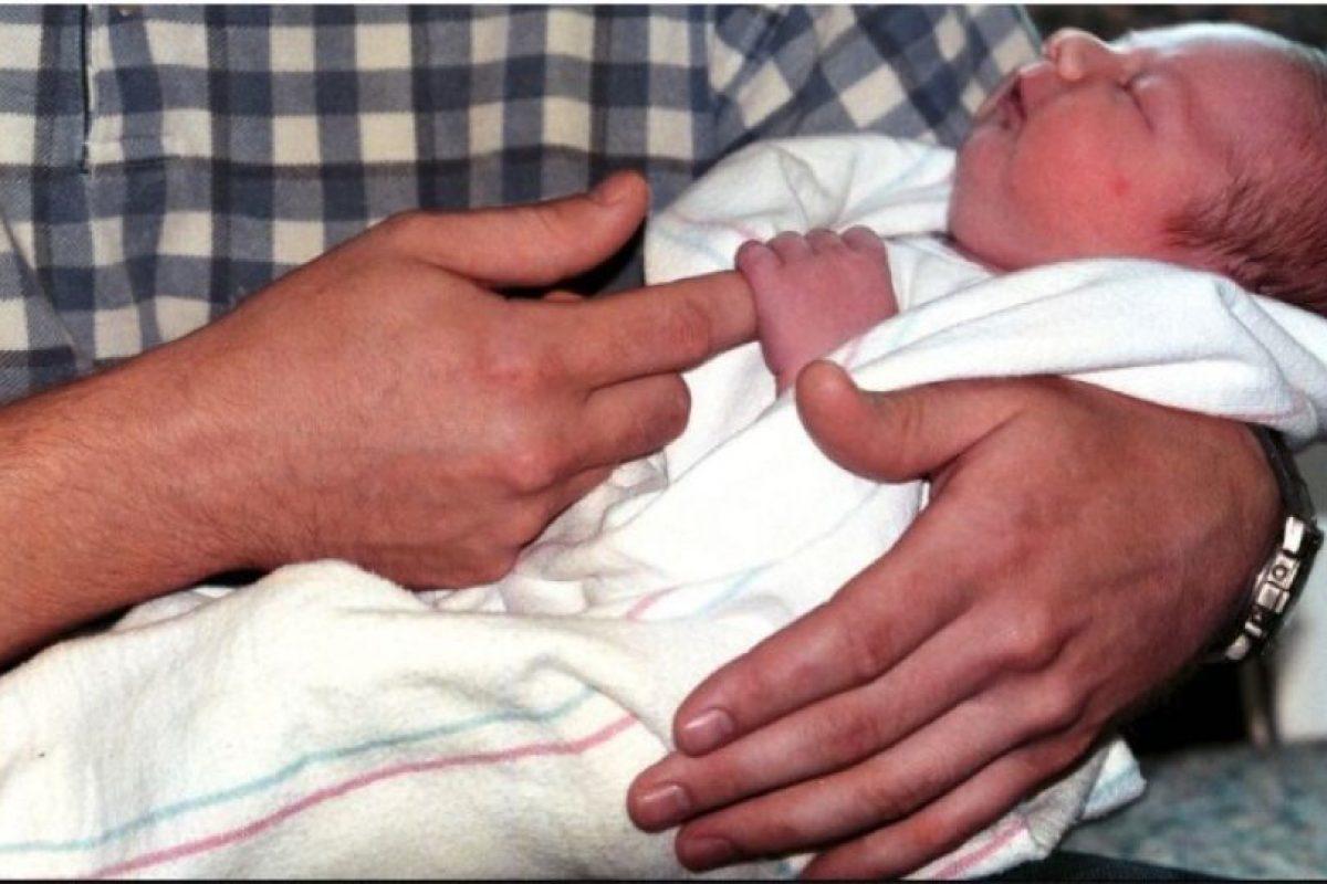 Como no la atendían, Verónica decidió ir al baño. En ese momento vio la cabeza de su bebé aparecer y, por sus gritos de desesperación, un doctor corrió a ayudarla. Foto:Getty Images. Imagen Por: