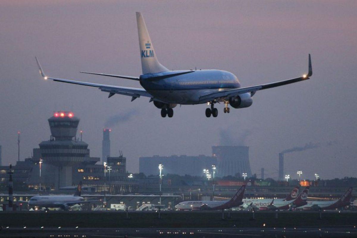 El Boeing 777 se ladeó debido a los fuertes vientos. Foto:Getty Images. Imagen Por: