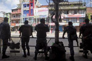 En Nepal un grupo de personas asesinó a un niño de 10 años. Foto:AP. Imagen Por: