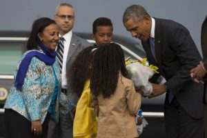 El presidente se encuentra en una gira de estado de cinco días por África. Foto:AP. Imagen Por: