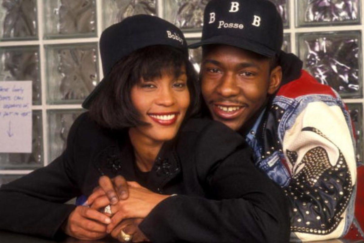 Houston duró 14 años casada con Brown, en una tormentosa relación llena de drogas y violencia. Foto:vía Getty Images. Imagen Por: