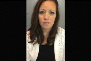 Danielle Watkins- Fue detenida después de que el joven acudiera ante las autoridades a denunciar la relación que tenía con la profesora Foto:Stamford Police Department. Imagen Por: