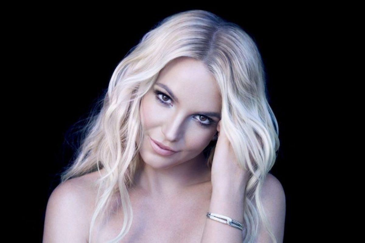 """En 2010, una fuente cercana a la """"princesa del pop"""" aseguró, a la revista """"The Sun"""", que la cantante estaría dispuesta a pagar el tratamiento para mantener sus restos en una cámara de congelación. Foto:Getty Images. Imagen Por:"""
