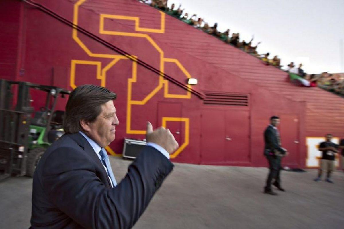 Herrera antes de un partido de la Copa Oro. Foto:twitter.com/MiguelHerreraDT. Imagen Por: