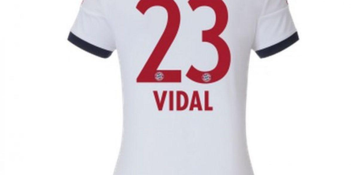 Estas son las cinco camisetas de Vidal en el Bayern que ya están a la venta