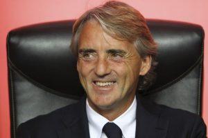 El italiano dirigió al Manchester City, Galatasaray, y actualmente está al frente del Inter de Milán, equipos en los que ha gastado en fichajes 667 millones de euros. Foto:Getty Images. Imagen Por: