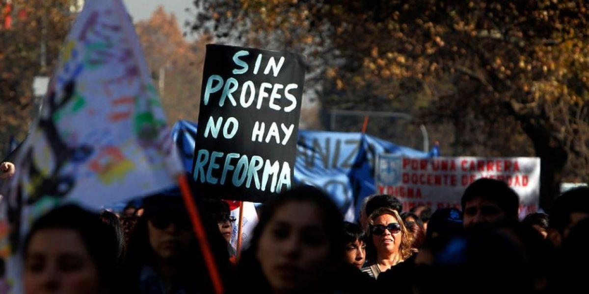 """Renca despidió a 33 profesores tras fin del paro: acusan """"castigo"""""""