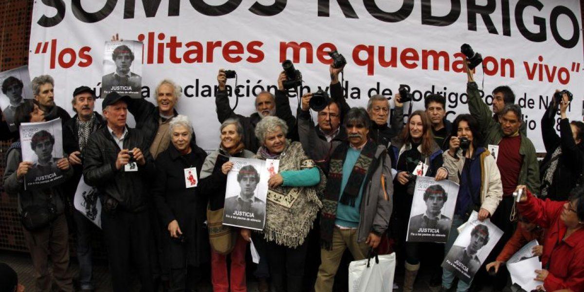 Fotógrafos homenajearon a Rodrigo Rojas de Negri en el GAM