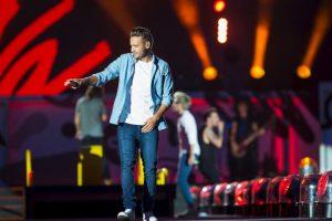 Liam en lugar de enojarse, siguió cantando. Foto:Getty Images. Imagen Por: