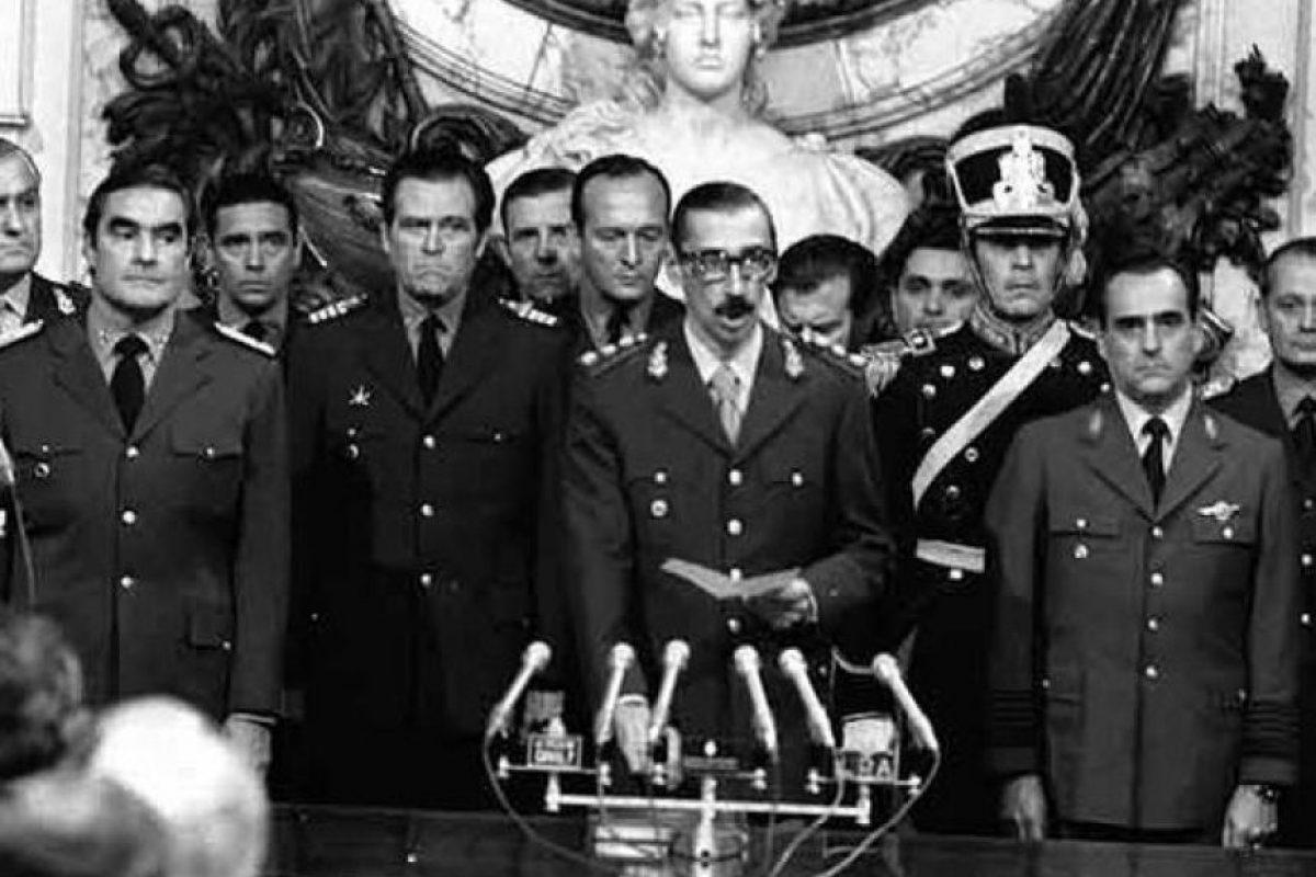 Proceso de Reorganización Nacional es el nombre con el que se autodenominó la dictadura cívico-militar Foto:Wikimedia.org. Imagen Por: