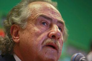 Decio de María, presidente de la Federación Mexicana de Fútbol, fue el que comunicó su destitución. Foto:vía Getty Images. Imagen Por: