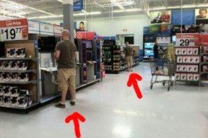 Foto:PeopleofWalmart. Imagen Por:
