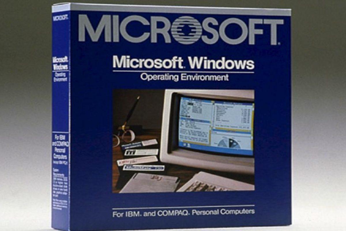 Microsoft inició actividades en el año de 1975 con la producción de software y pequeñas computadoras de escritorio. Les presentamos el Windows 1.0 creado por esta empresa en 1983 Foto:Microsoft. Imagen Por: