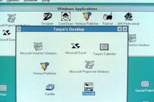 Windows 3.0 llegó dos años después (1992). Con él, Microsoft anunció el primer Windows que usaría letras en su nombre: El Windows NT Foto:Microsoft. Imagen Por: