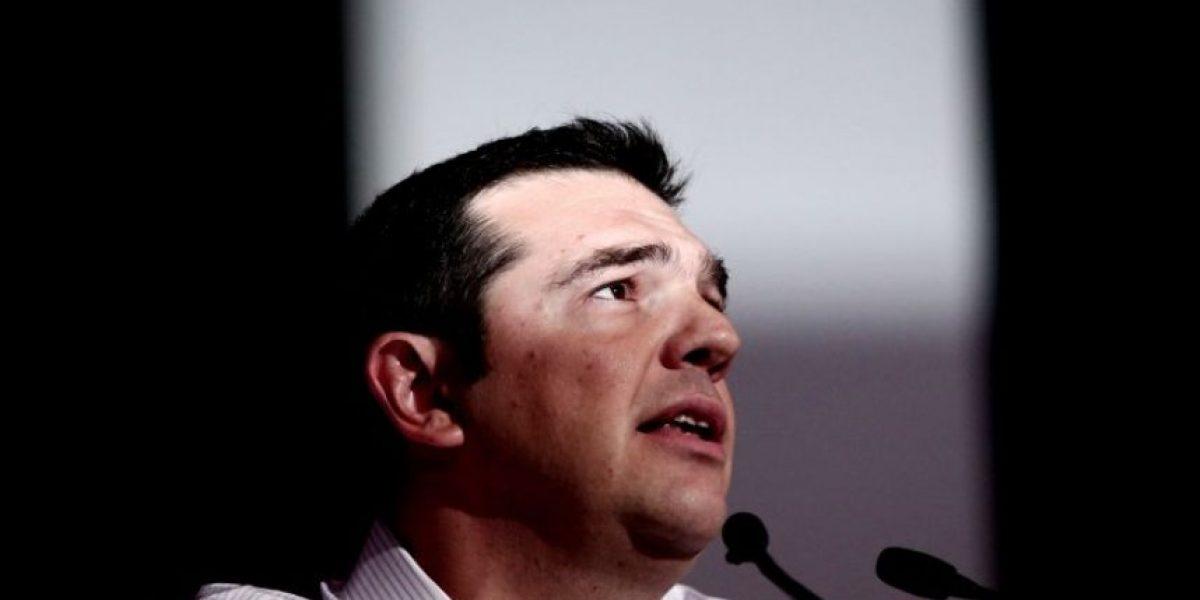 Tsipras propone un congreso extraordinario de su partido para hablar del rescate