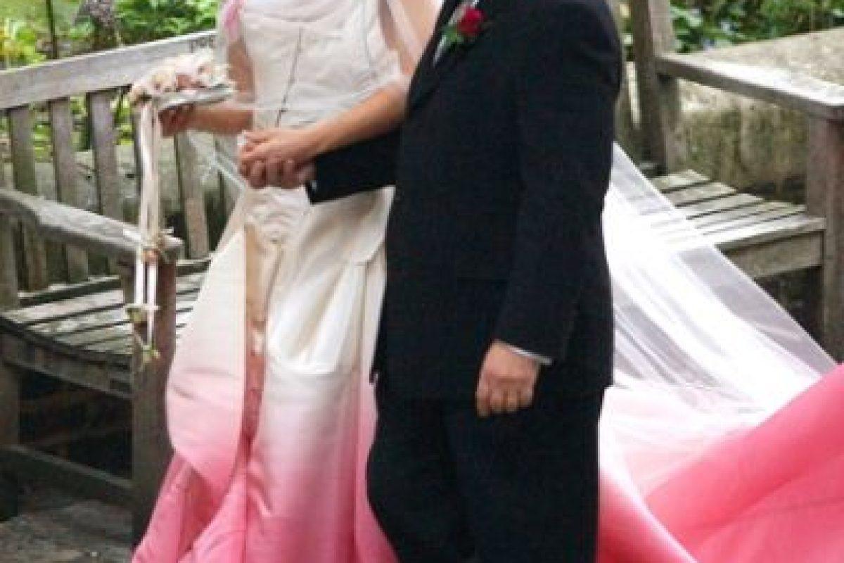 Gwen Stefani se casó con tela casi batik. Foto:vía Getty Images. Imagen Por: