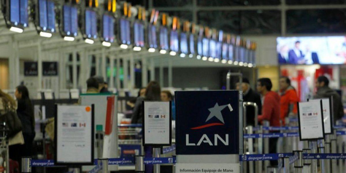 Detienen a sujetos involucrados en estafas con kilómetros LAN