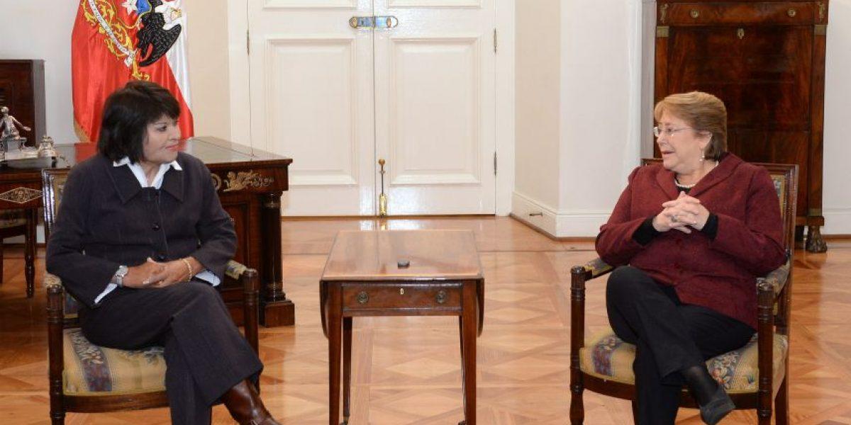 Bachelet se compromete a