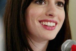 """9.- Cuando Hathaway recibió el guión, la carpeta incluía una nota con la frase: """"Favor de leerse con el alma"""".. Imagen Por:"""